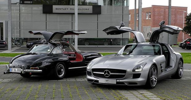 classic cars Vs their modern version Mercedes benz