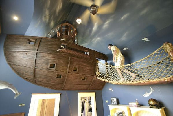 The Pirate Ship Bedroom