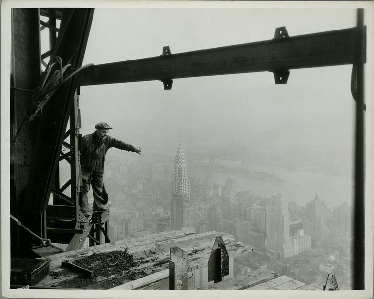 photos of Ironworkers during work