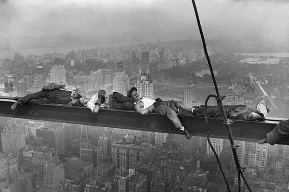 Extrêmement 29 Jaw-Dropping Photos Of Ironworkers During Work CU99